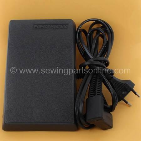 Foot Control (3 Prong 220v), Singer #362095-002