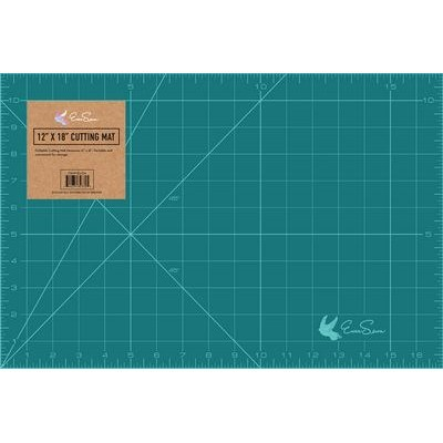 "Foldable Cutting Mat (12""x18""), EverSewn"