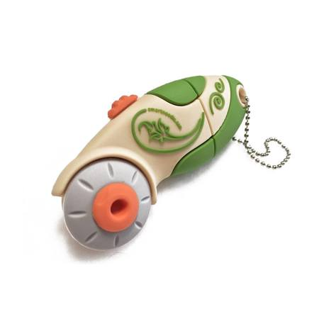 2GB USB Flash Drive, Green Rotary Cutter, Smartneedle